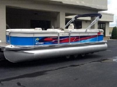 ***Low Price ***2004 Harris FloteBote 240 Classic***