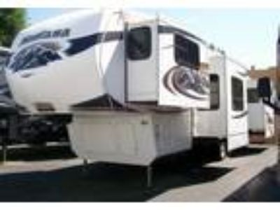 2010 Keystone RV Montana-Hickory 5th Wheel in Simi Valley, CA
