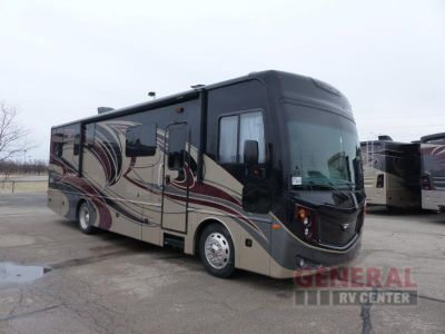 2018 Fleetwood Rv Pace Arrow 33D