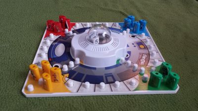 Star Wars R2-D2 is in Trouble Game