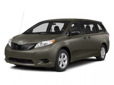 2014 Toyota Sienna LE 8-Passenger (Predawn Gray Mica)