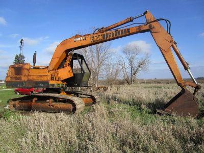 1977 Case 980B Excavator