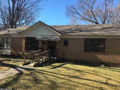 2 Bed 1 Bath Foreclosure Property in Little Rock, AR 72206 - Howard St