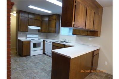 3 bed/2 bath rental home with a huge basement & large garage