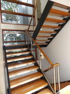 VERY COOL STAIRCASE CABLE RAILS
