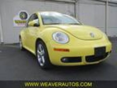 Used 2006 VOLKSWAGEN NEW BEETLE For Sale
