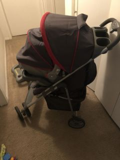 Safety 1st light and comfy infant car seat, base and stroller
