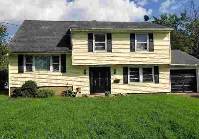 25 Winthrop Rd Franklin Township, great home offering 4 nice