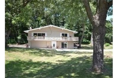 Lease Spacious 4+2.50. Approx 2,816 sf of Living Space!