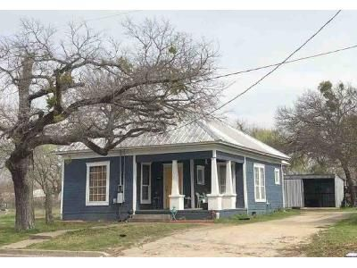 2 Bed 2 Bath Foreclosure Property in Gatesville, TX 76528 - S 14th St