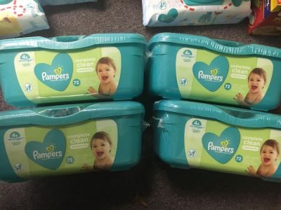 4 Tubs of pampers unscented baby wipes 72 wipes per tub