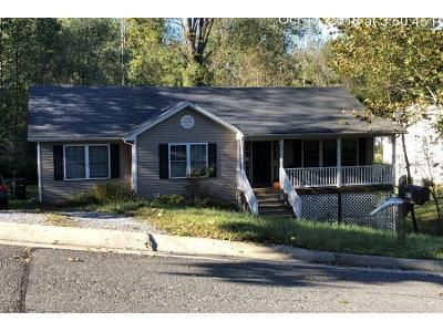 3 Bed 2 Bath Preforeclosure Property in Lynchburg, VA 24502 - Lookout Dr