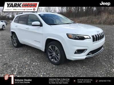 2019 Jeep Cherokee Overland (Bright White Clearcoat)