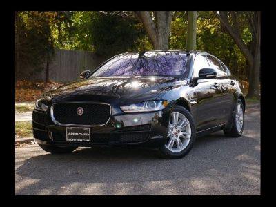 2018 Jaguar XE 25t Premium (Santorini Black)