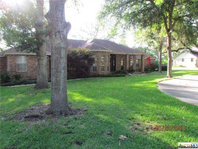 Home for Sale in Seguin, TX