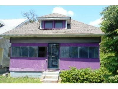 2 Bed 1 Bath Foreclosure Property in Indianapolis, IN 46208 - W 32nd St