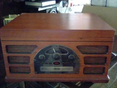 Replica Old fashion Radio AmFm with turntable, CD ,Cassete