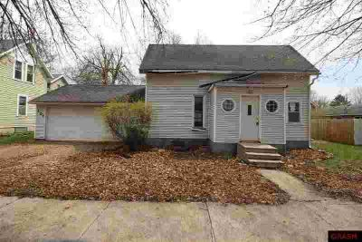 107 SE 2nd Avenue Mapleton, Three BR One BA home ready for you to