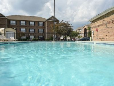 Take over lease/ great for college student or single person