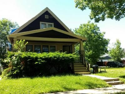 2 Bed 2 Bath Preforeclosure Property in Milwaukee, WI 53209 - N 36th St