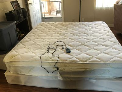 Boyd King size air mattress and platform, has 2 bladders one control for both sides