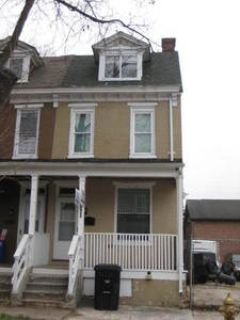 4BR, 3 Story Home w/ Balcony and Carpet Throughout