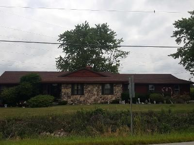 3 Bed 2 Bath Preforeclosure Property in Fostoria, OH 44830 - W Township Road 112