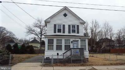 222 W Washington St Paulsboro Three BR, Spacious 2-Story Colonial