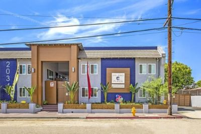 $1995 2 apartment in South Bay