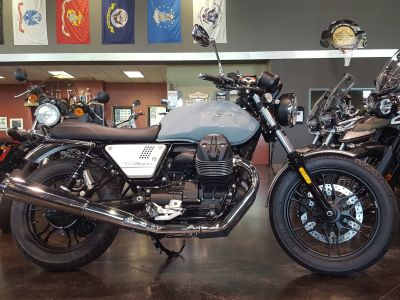 2018 Moto Guzzi V7 III Milano Standard/Naked Motorcycles Saint Charles, IL