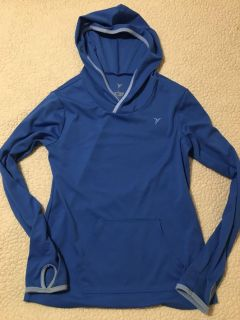 Girls old navy active brand hooded athletic top with thumb holes, guc size 10/12
