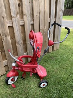 Radio Flyer 3 in 1 Tricycle