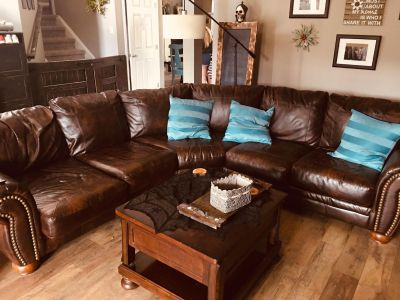 Leather sectional and coffee table with lift up top