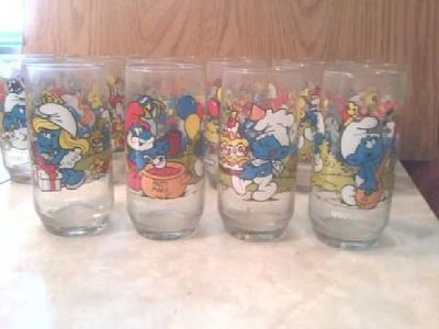 $12 1983 Smurf and Flintsones Glassed from Hardee's (Detroit Lakes)
