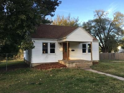 3 Bed 1 Bath Foreclosure Property in Bolivar, MO 65613 - E Summit St