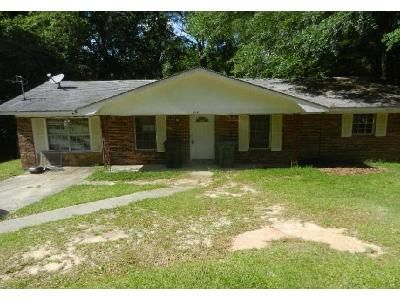 1 Bath Foreclosure Property in Ozark, AL 36360 - Don Cir