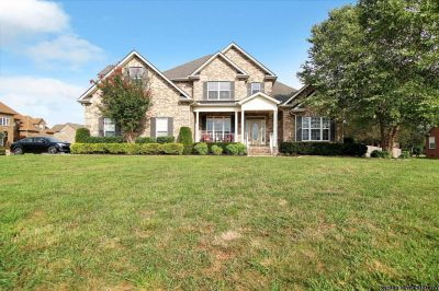Love this 5br 4.5ba home with 2 car Garage!