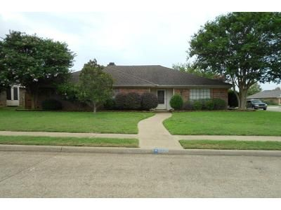 3 Bed 2.0 Bath Preforeclosure Property in Allen, TX 75002 - Spring Brook Dr
