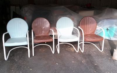 4 vintage metal patio lawn chairs solid condition