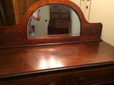 $275, Beautiful Buffet with mirror