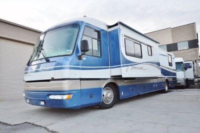 1999 American Coach American Tradition 40TVS Pusher