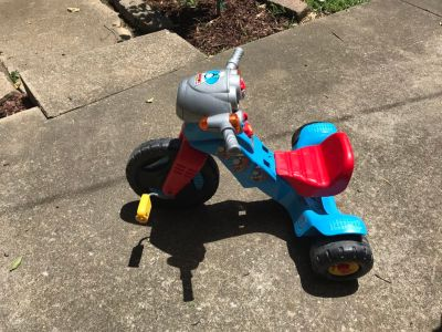 Thomas train tricycle with sounds