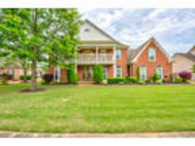 Spectacular Home Inside and Out! 1078 Woodland Glen Drive, Cordova, TN 38018