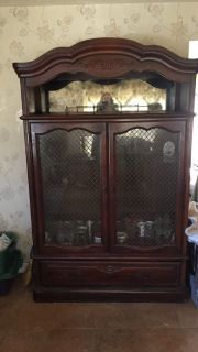 Mahogany China Closet/Hutch