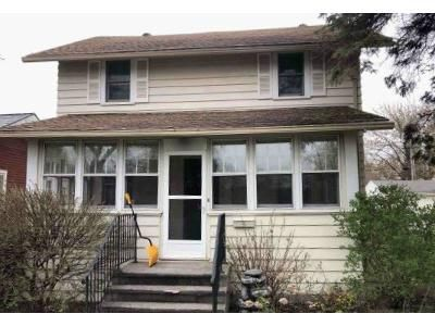 4 Bed 2 Bath Foreclosure Property in Hibbing, MN 55746 - 3rd Ave W
