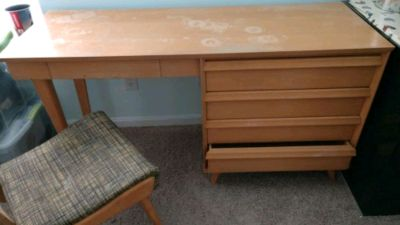 Writing desk with chair