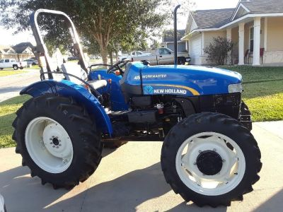 2014 New Holland 45hp 4wd. Extremely low hours!!!
