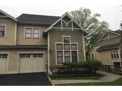 2 Bed 2 Bath Preforeclosure Property in Dobbs Ferry, NY 10522 - Landing Dr