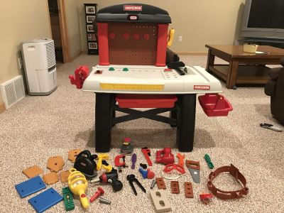 Little Tikes workbench and tools
