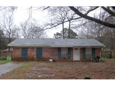 3 Bed 1 Bath Preforeclosure Property in Pearl, MS 39208 - Nancy St